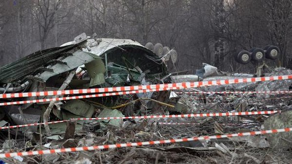 04.12. Smolensk plane crash big.jpg