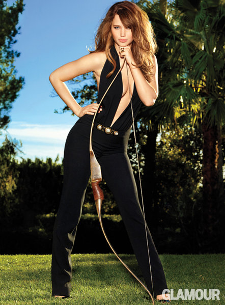 0229jennifer-lawrence-jumpsuit_fa.jpg