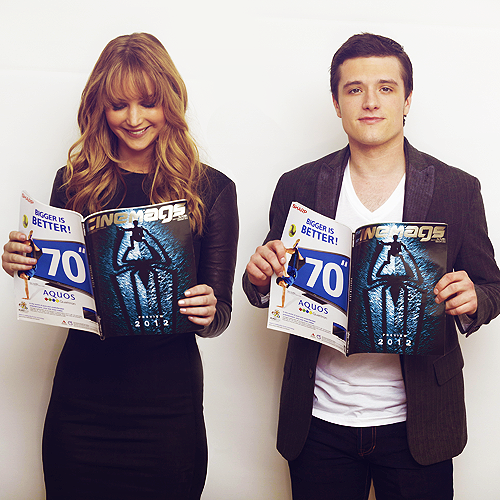 Josh-and-Jennifer-josh-hutcherson-30497892-500-500.png
